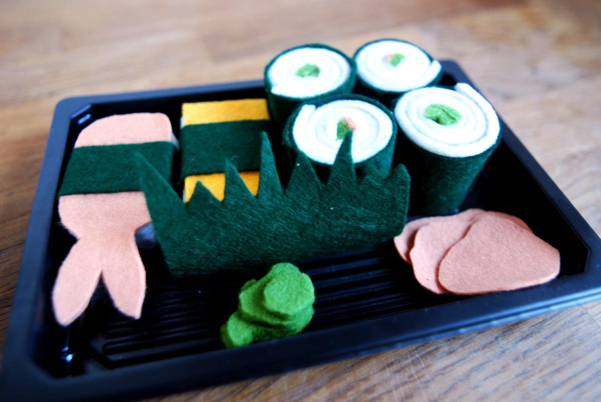 sushi aus filz als weihnachtsgeschenk f r den kaufladen. Black Bedroom Furniture Sets. Home Design Ideas
