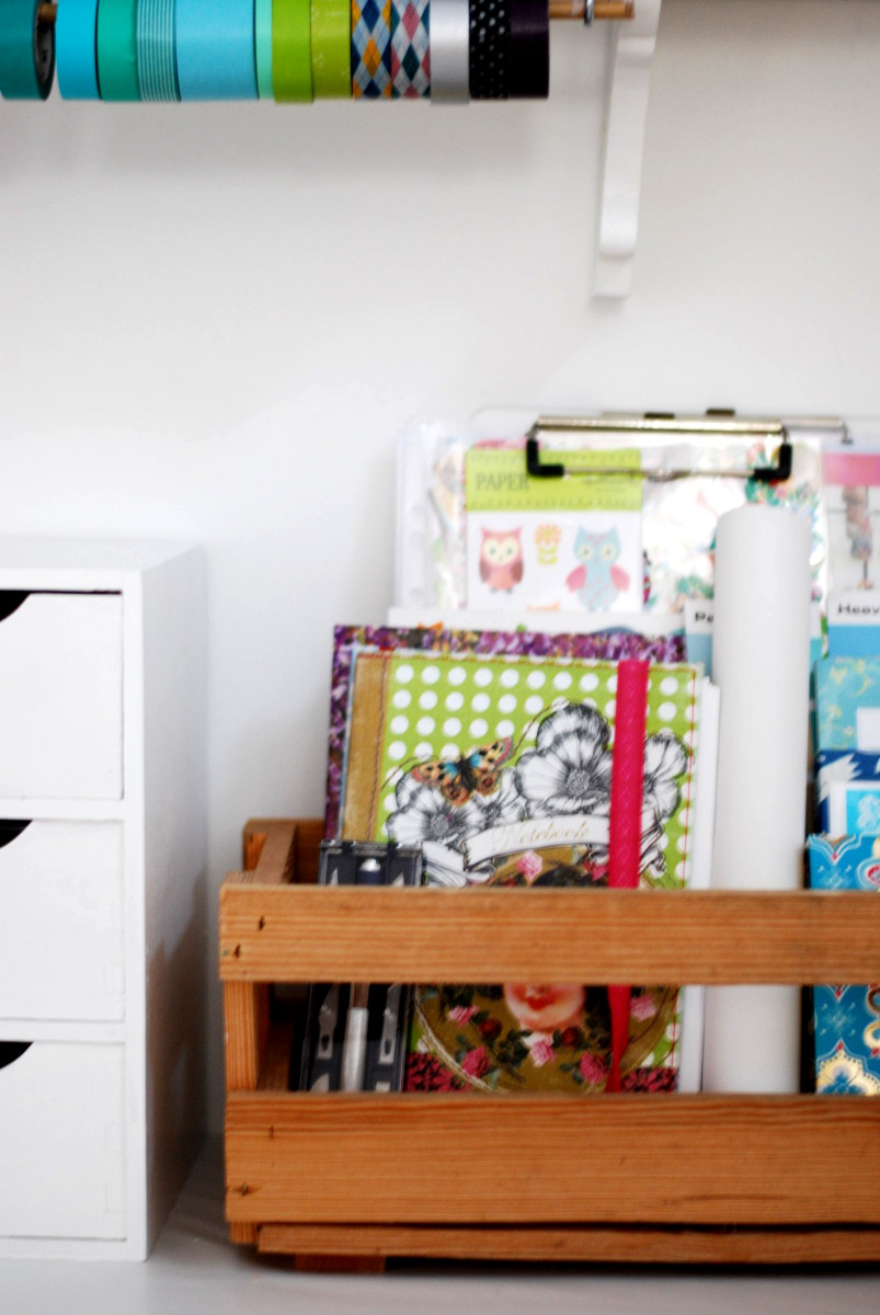 ordnung auf dem schreibtisch. Black Bedroom Furniture Sets. Home Design Ideas
