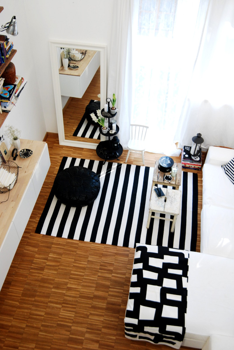 wohnzimmer weiß schwarz:Wohnzimmer in Schwarz/ Weiß