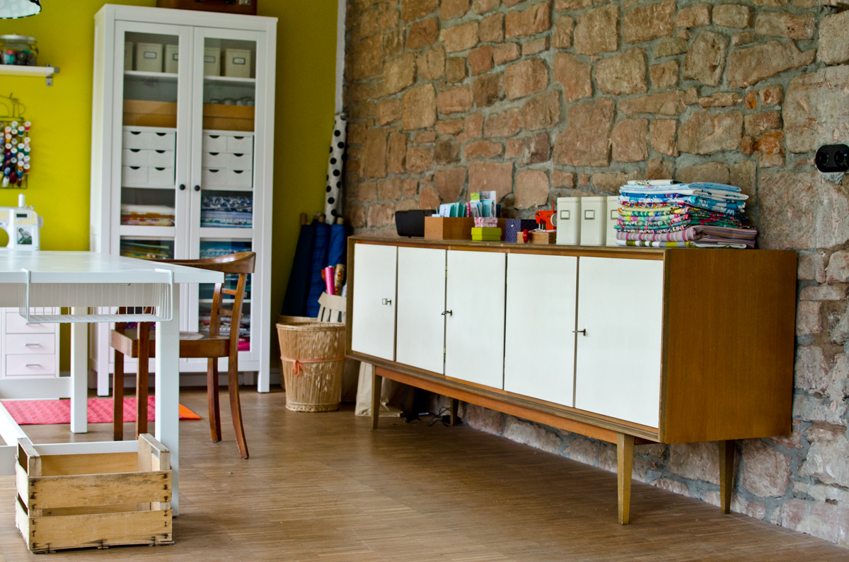 60er Jahre Sideboard als Stauraum im Büro - Leelah Loves
