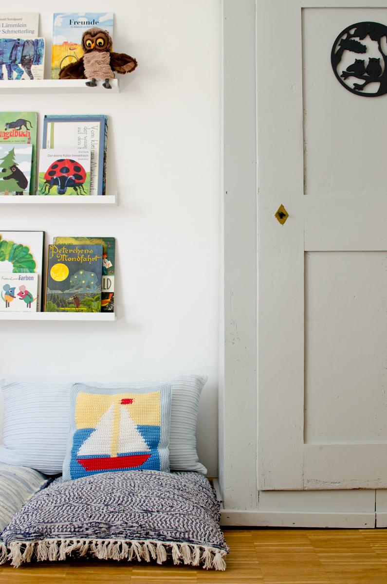 Leseecke Kinderzimmer   Leseecke Im Kinderzimmer Mit Bucher Regalen Leelah Loves