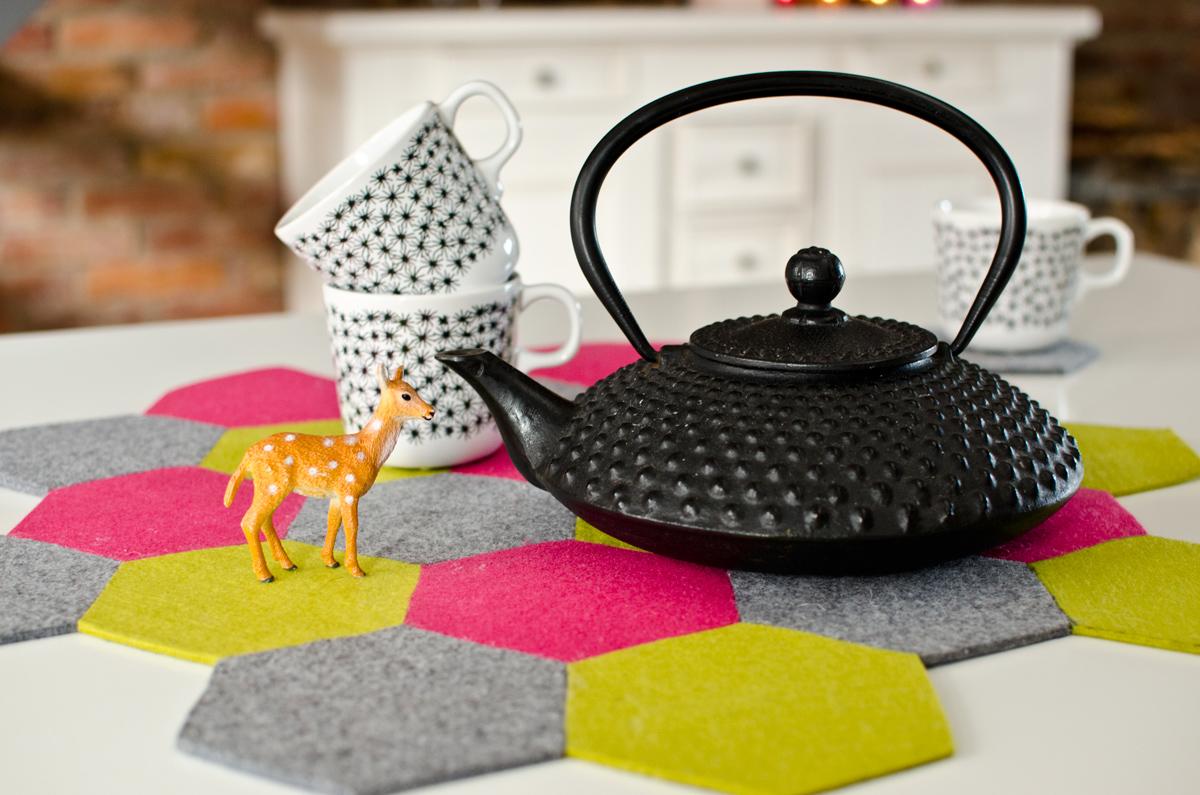 tischset aus filz leelah loves. Black Bedroom Furniture Sets. Home Design Ideas