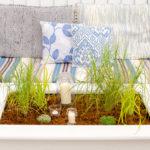 Bepflanzter Tisch für den Balkon