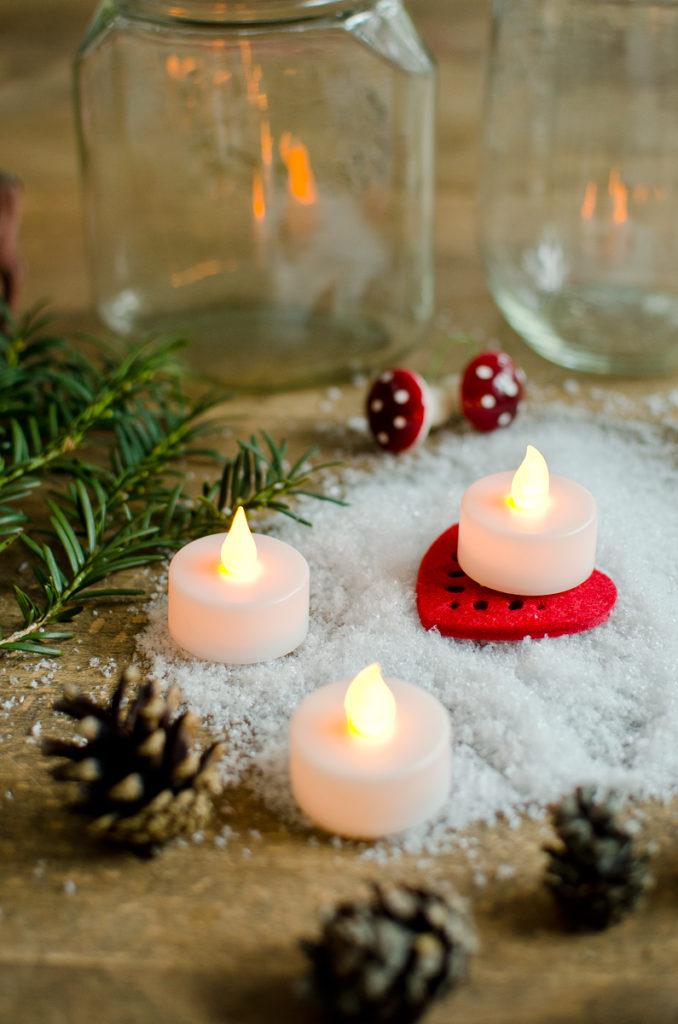 DIY Weihnachtsdeko mit LED-Teelichtern im beleuchteten Einmachglas