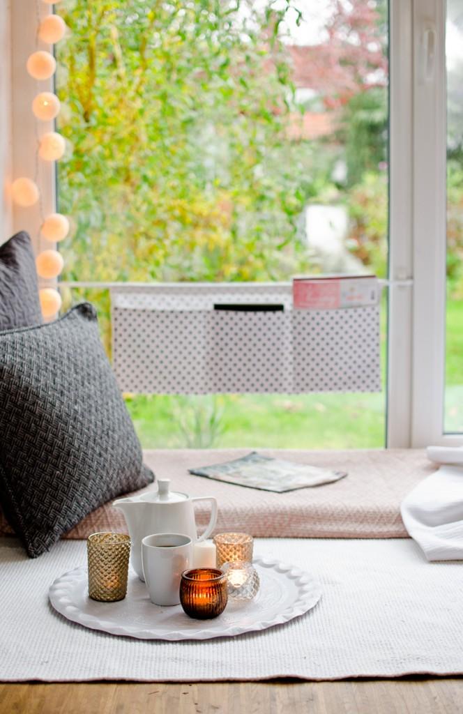 DIY genähtes Utensilo für das Fenster aus Stoff