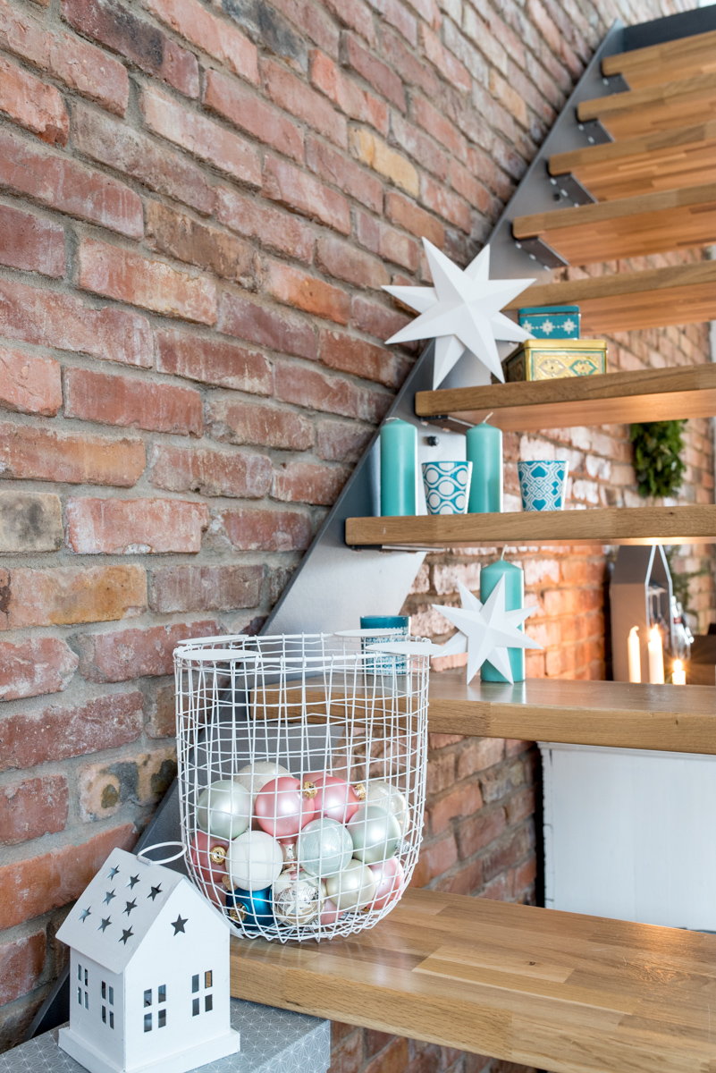 Diy papiersterne leelah loves for Weihnachtsdeko treppe