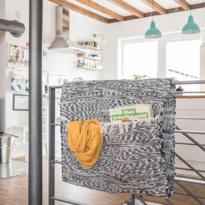 """diy – """"Satteltaschen"""" für das Treppengeländer"""