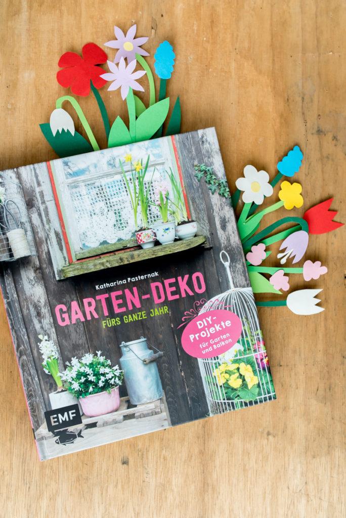 """Gartenbuch """"Gartendeko fürs ganze Jahr"""" von Katharina Pasternak im Edition Michael Fischer Verlag"""