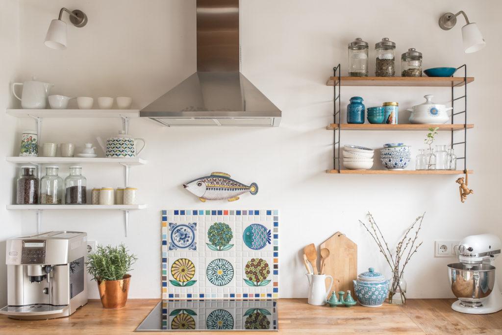 Deko in der Küche im Frühling im vintage Look