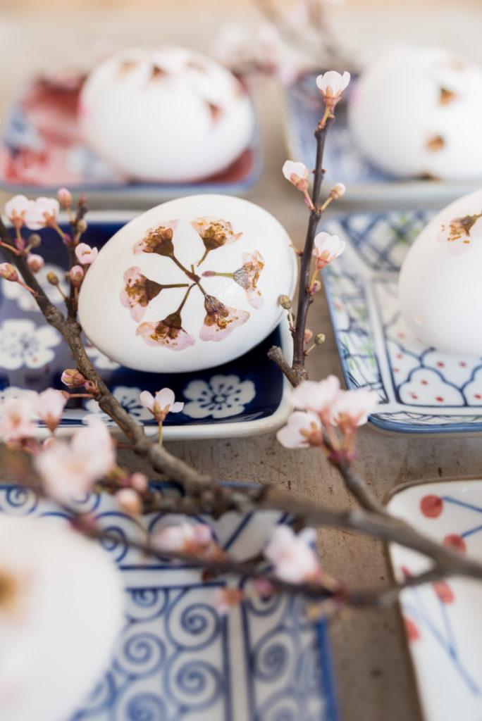 DiY Ostereier mit Kirschblüten im japanischen Look
