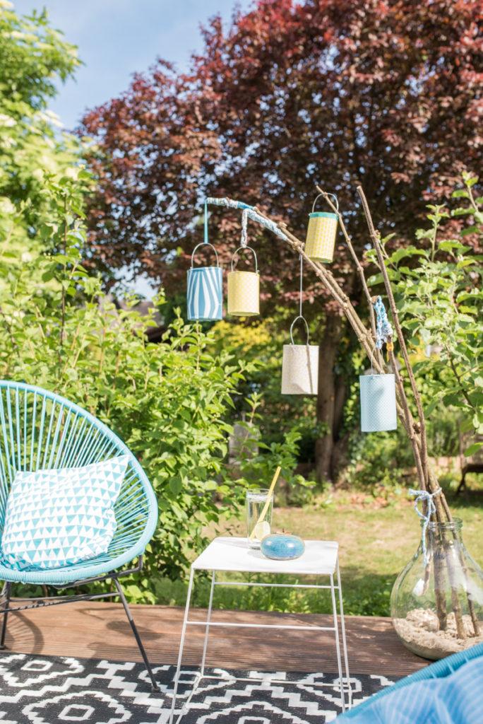 Anleitung für DIY Windlichter Laternen aus Papier als Deko für den Balkon oder Garten im Sommer und für die Gartenparty
