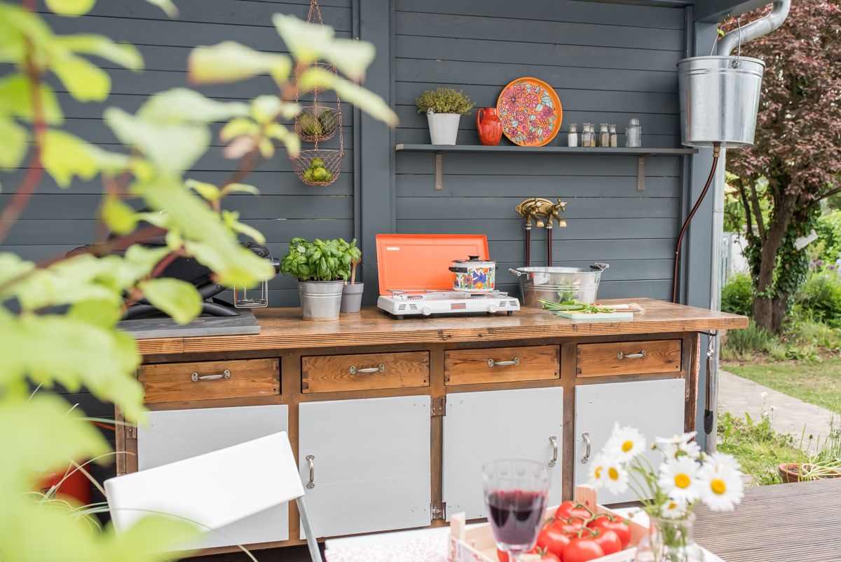 diy   upcycling outdoor Küche aus einer Werkbank   Leelah Loves