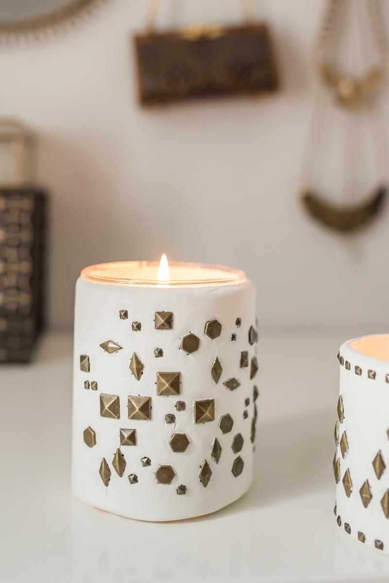 diy windlichter mit nieten und gewinnerin leelah loves. Black Bedroom Furniture Sets. Home Design Ideas