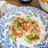 Sommerlasagne mit Tomaten-Mango-Salsa und Rucola Pesto