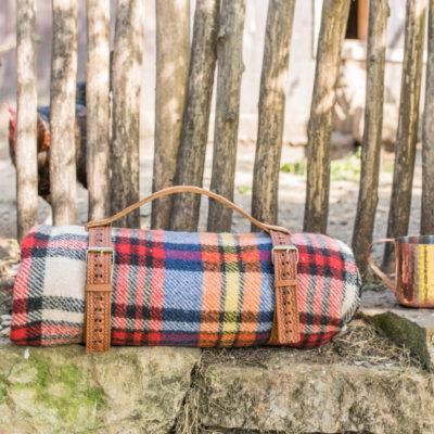 Das erste Herbstprojekt: DIY upcycling Picknickdecken-Geschirr