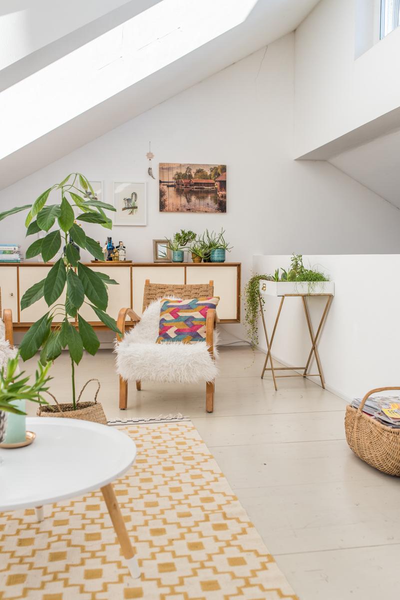 Deko Ideen für das Wohnzimmer im boho vintage Look mit Pflanzen