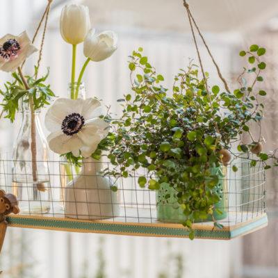 DIY – Blumenampel als Fensterdeko