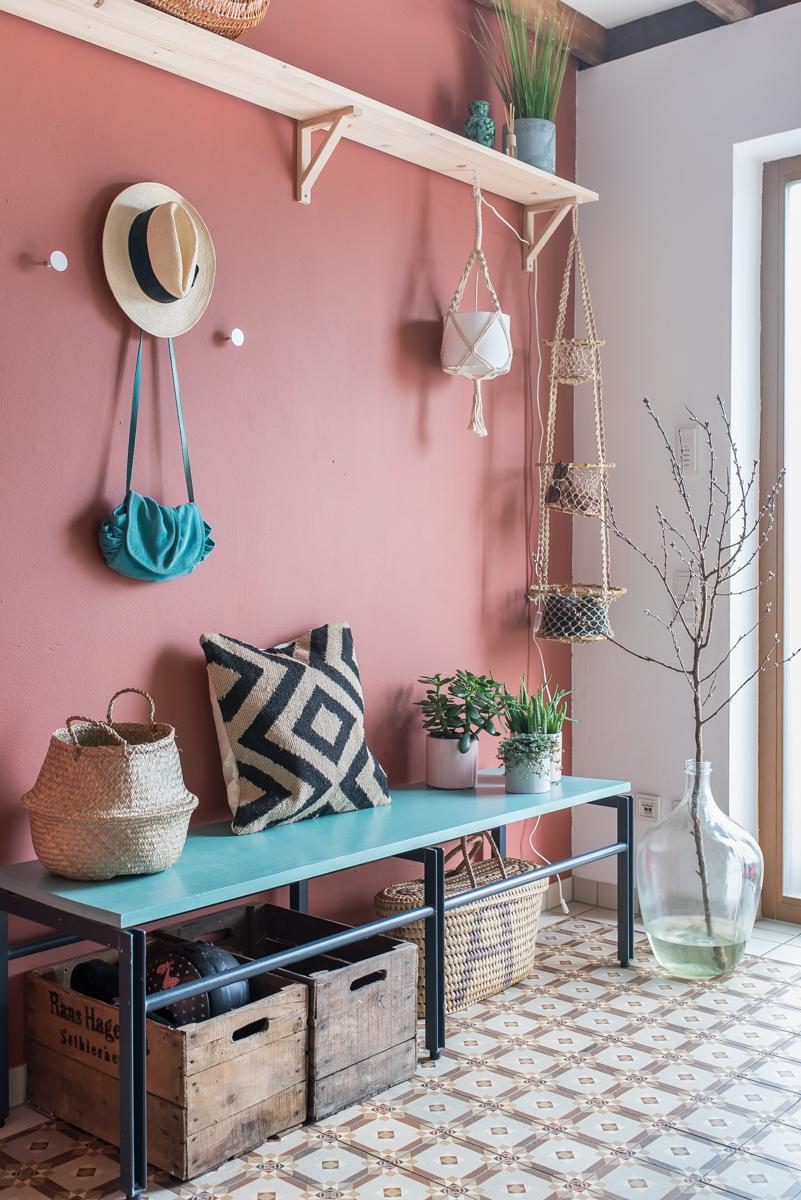 Dekoideen für die kreative Wandgestaltung und Einrichtung im Flur mit Farben von Farrow & Ball und Deko im Boho vintage Look