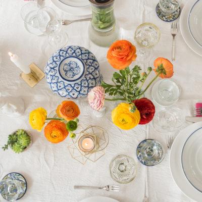 Tischdeko für Ostern mit Ranunkeln