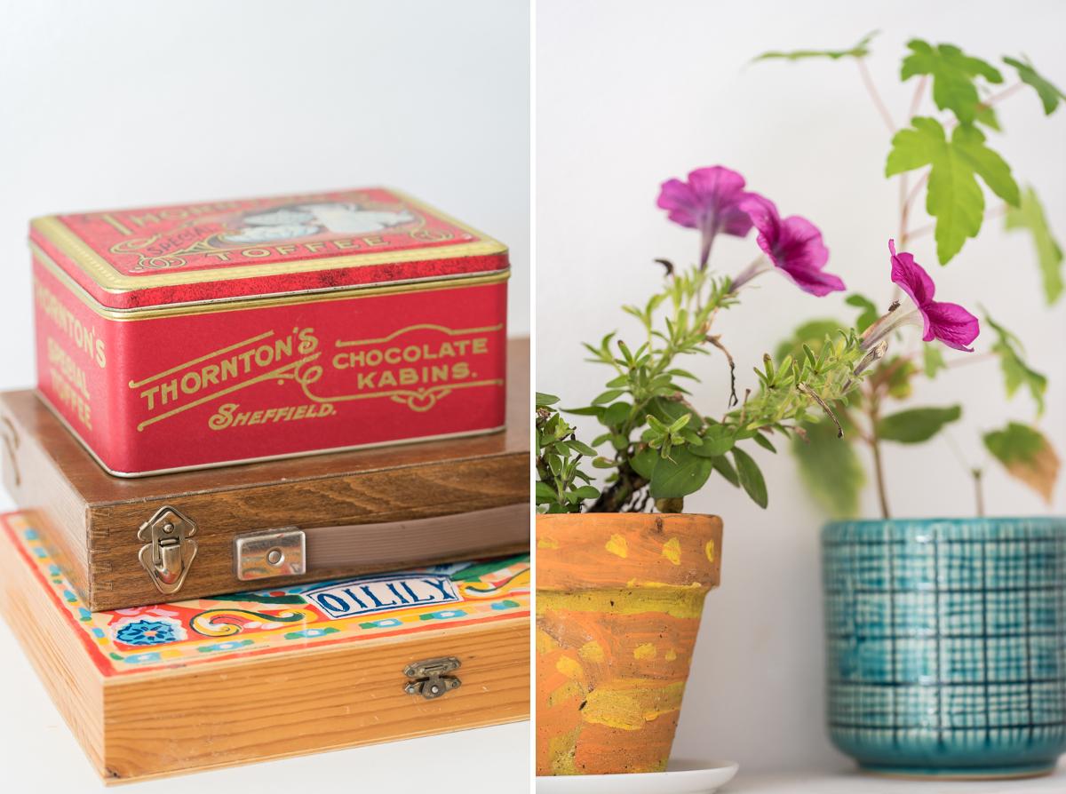 Dekoideen für das Mädchen Zimmer im bunten Boho vintage Look mit selbst gebauter Garderobe und vintage Möbeln vom Flohmarkt