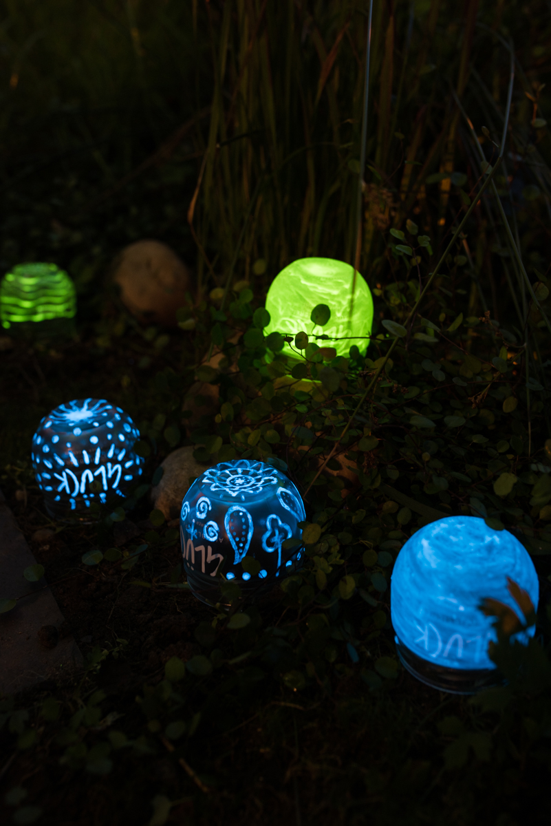diy gartendeko mondscheinkugeln glow in the dark