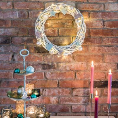 DIY – Weihnachtsdeko: beleuchteter Weidenkranz und Verlosung