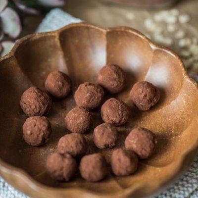 Rezept für Schokokugeln ohne raffinierten Zucker