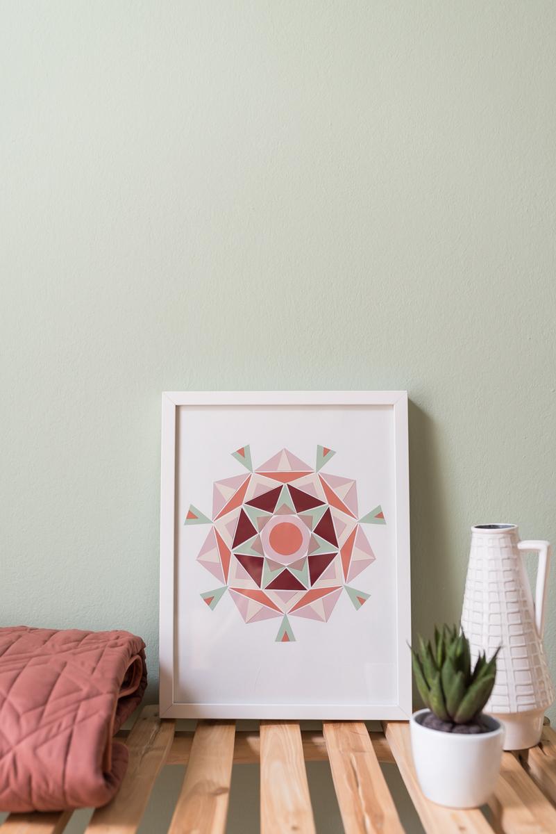 DIY Mandala Bild im Boho Look aus Farbkarten aus dem Baumarkt als günstige, selbstgemachte Deko für die Wand