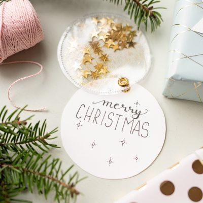 DIY – glitzernde Geschenkanhänger selber machen