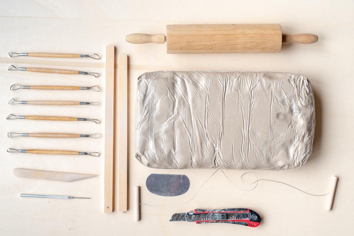 Tipps für den richtigen Ton und das Material für den Anfang wenn man als Hobby töpfern möchte