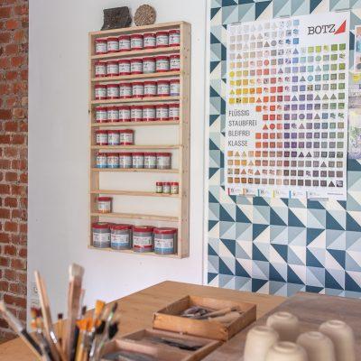 Mein Töpfertagebuch (6): DIY Regal für Botz Glasuren