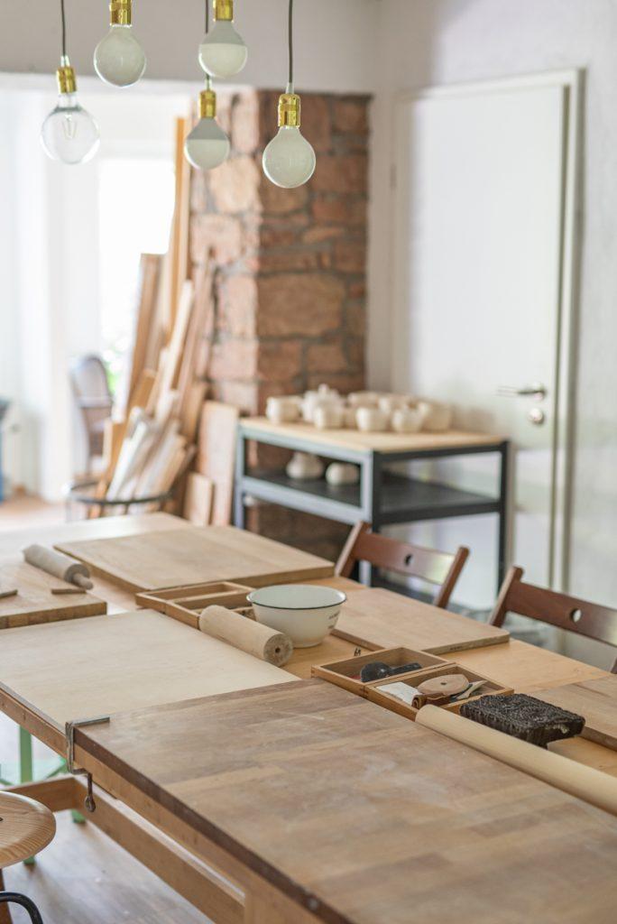 DIY Anleitungen für das Töpfern ohne Töpferscheibe durch Aufbautechnik, Plattentechnik und Formen aus der Hand