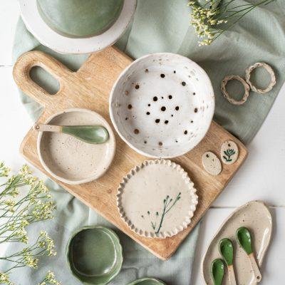 Natürlich schön - handgetöpferte Keramik in Naturfarben