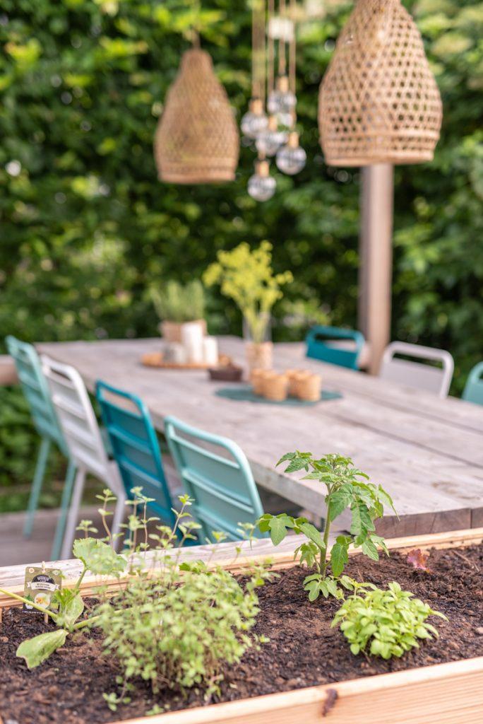 Ein Hochbeet im Garten anlegen mit Tipps zum Befüllen und Gemüse Pflanzen