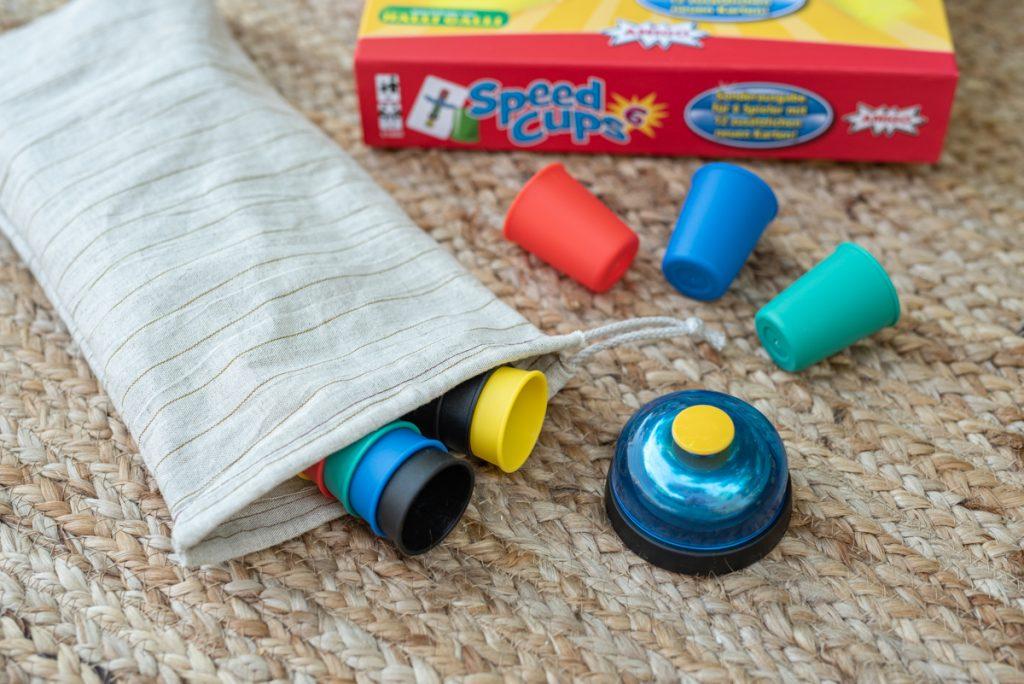Spiele Korb für Familien mit Kindern im Campingurlaub von AMIGO