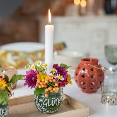 DIY - Blumengestecke im Glas