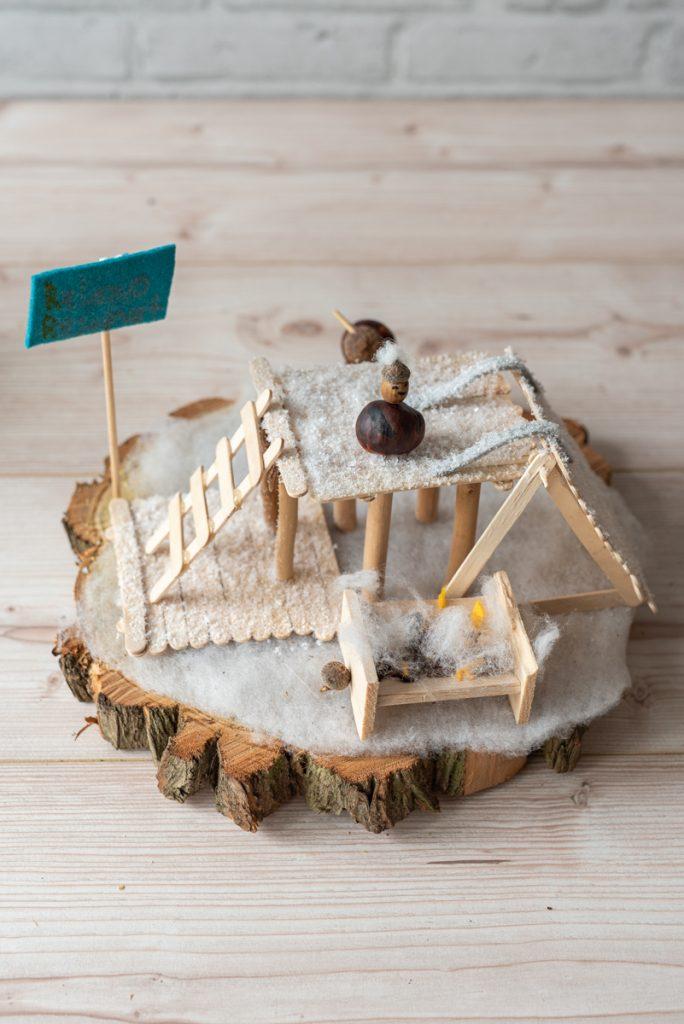 DIY Bastelideen für den Kindergeburtstag im Herbst mit Holz, Kastanien und Naturmaterial als kreative Beschäftigung für Kinder