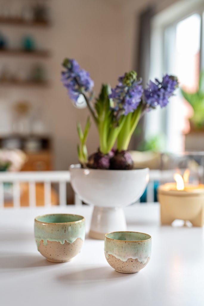 Handgetöpferte Keramik Becher von der Drehscheibe in Mintgrün