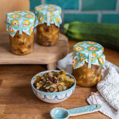 Frisch aus dem Hochbeet: Rezept für Zucchini Chutney